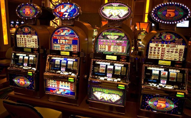 Онлайн-казино Slottica: более 2000 лицензионных игр от проверенных производителей