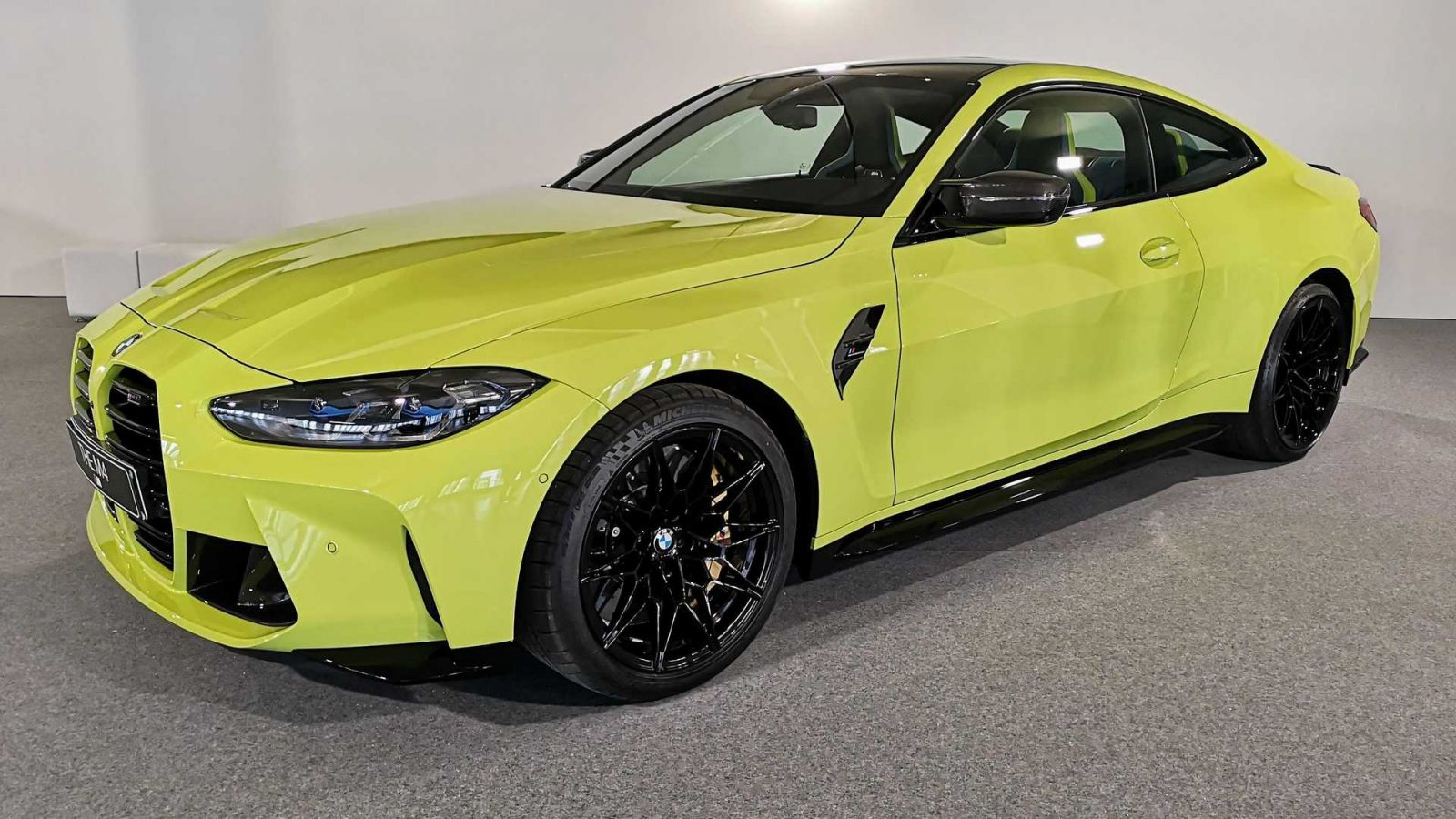Новый BMW M4 Competition Coupe 2021